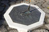Sundial at the Berkeley Botanical Garden at noon