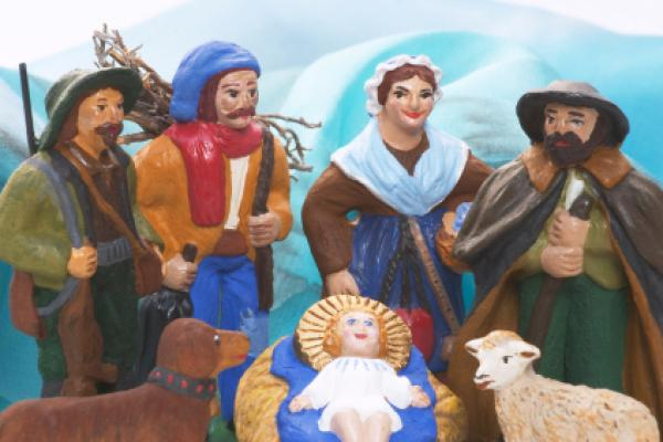 """Santons""visit the new-born child Jesus."