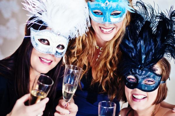 New Year's Eve events in Australia include masquerade balls or parties ...