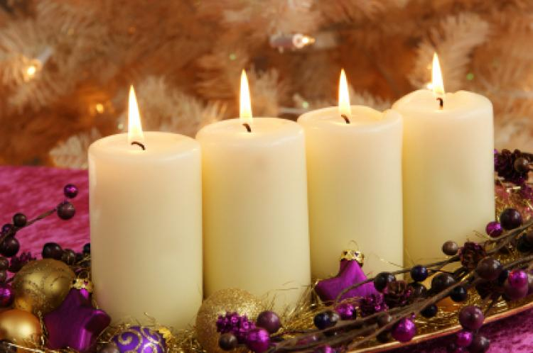 Many church liturgies are used with the lighting of Advent candles in ...
