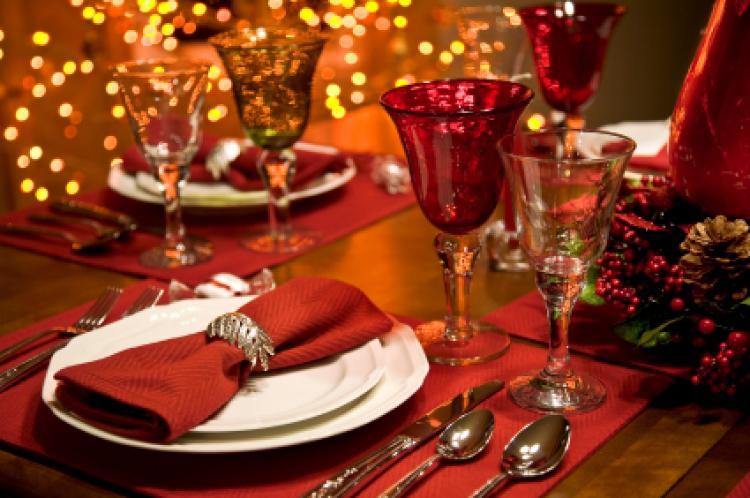 Day celebrations Family feasts are often a part of Christmas Day asUl2Bnc