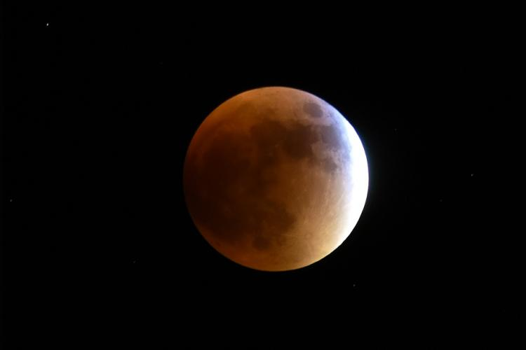 September 27, 2015 total lunar eclipse, supermoon and blood moon over Sal Del Rey, outside San Manuel, Texas, U.S.