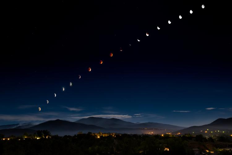Total lunar eclipse over Santa Fe, New Mexico, USA.