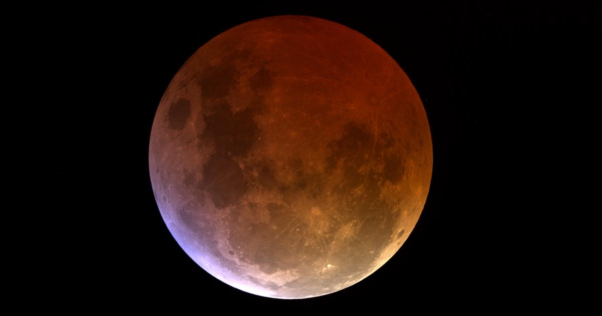 total lunar eclipse blood moon. Black Bedroom Furniture Sets. Home Design Ideas
