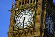 Closeup shot of the Elizabeth tower housing the Big Ben bell in London
