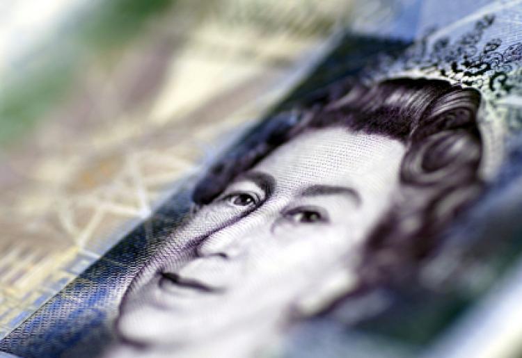 Kuninganna pildi leiab 5 dollarise rahatähe pealt