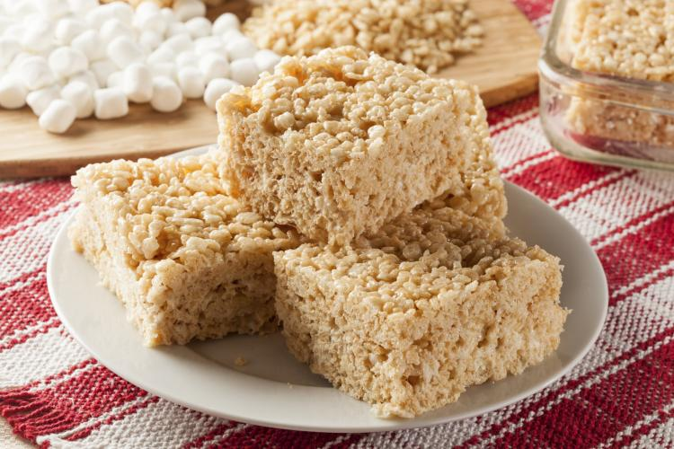 Homemade marshmallow rice krispy treat in bar form.