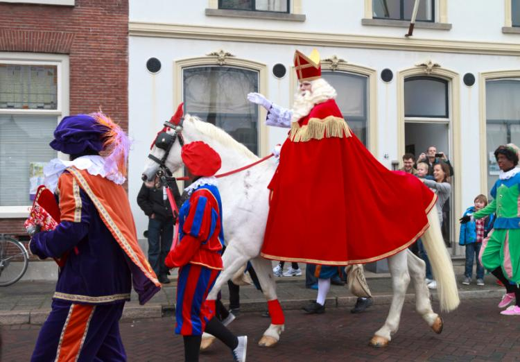Top St Nicholas' Eve/Sinterklaas in the Netherlands #GY54