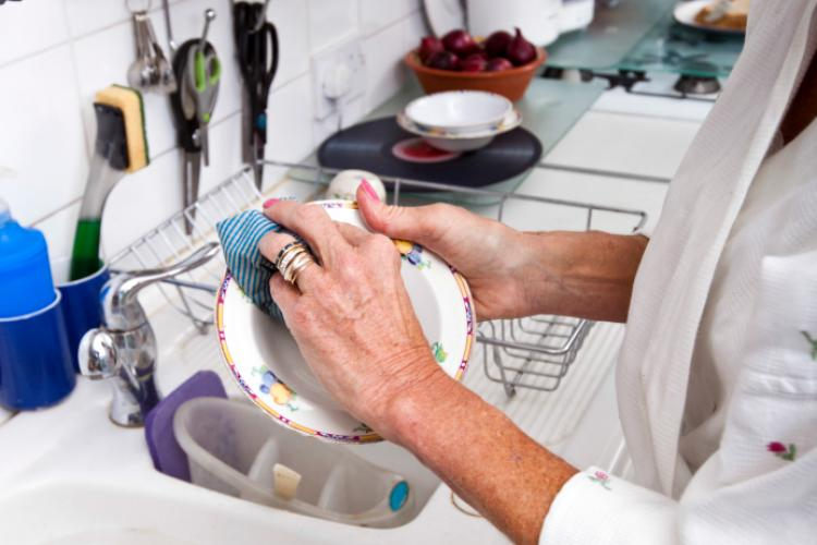 Fun Holiday No Dirty Dishes Day