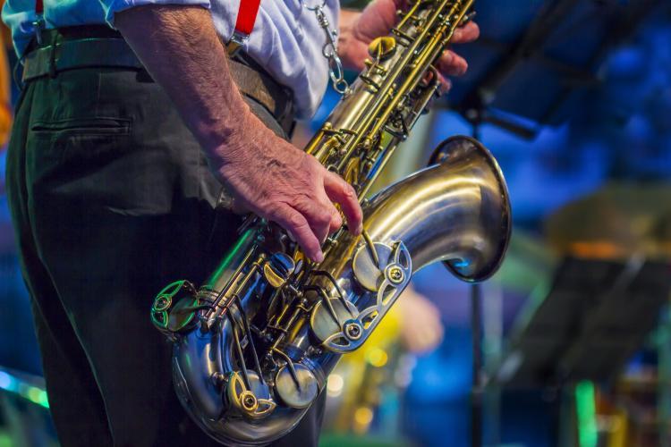 dating kong saxofoner